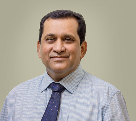 Dr. Rajesh Gadia